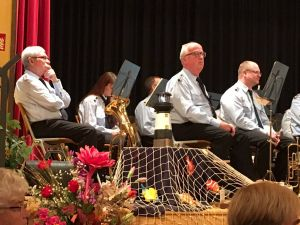 Der Barbiser Feuerwehrmusikzug erfreute die Zuhörer auch mit den Klassikern...