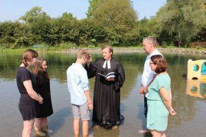15 Taufen konnten vollzogen werden