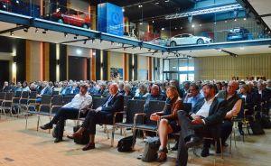Etwa 300 Personen nahmen im Einbecker PS.Speicher teil.