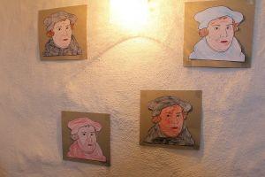 Der Reformationstag erinnert an Martin Luthers Anschlagen der 95 Thesen an die Tür der Schlosskirche zu Wittenberg.