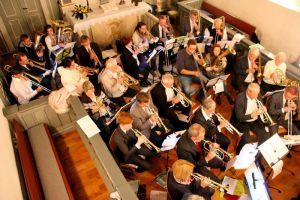 …und die etwa 30 Musiker des Kreis-Posaunenchores.