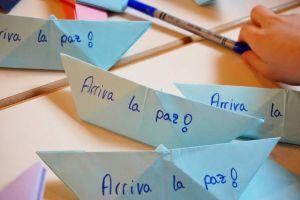 Mit dem Papierschiff nach Kuba.