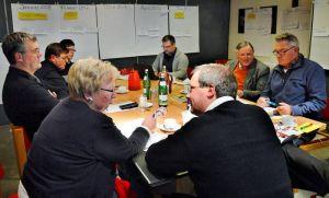 …und diskutieren in den Vorbereitungstreffen oft eifrig miteinander.