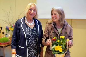 Karin Hesse-Lehmann mit Dr. Sabine Radtke.