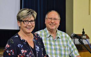 Erledigen als Gemeindekuratoren viel Arbeit für ihre Gemeinden: Vera Fröhlich und Dieter Reinecke.