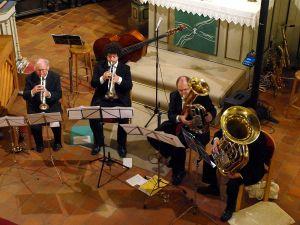 """Das Südharzer Bläserquartett nahm sich musikalisch des Themas """"Traum"""" an."""