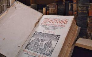 Im Archiv lagern Erinnerungen an die lange Osteroder Kirchengeschichte