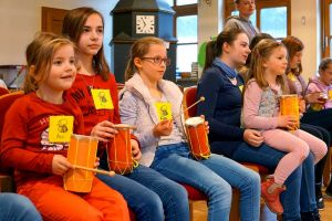 b_300_0_16777215_00_images_stories_com_form2content_p21_f9891_Kinderkirche_2019-03_c_-mko.jpg