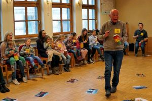 b_300_0_16777215_00_images_stories_com_form2content_p21_f9891_Kinderkirche_2019-03_e_-mko.jpg
