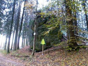 44a: Der bis ins 16.Jahrhundert zurückreichende Eisensteinbergbau erstreckte sich vom Schachtberg bis zum Eulenstein.