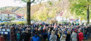 Riesenandrang zur Eröffnung. Foto: Katja Koch