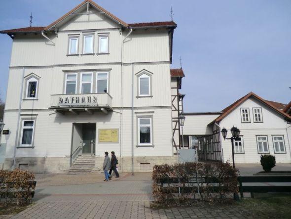 b_590_0_16777215_00_images_stories_bildarchiv_orte_rathaus.jpg