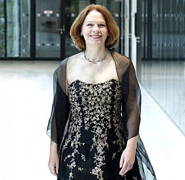 Die Sopranistin Sylvia Bleimund lebt und arbeitet in Hannover, wo sie unter anderem privaten Gesangsunterricht gibt. (Fotos: privat)