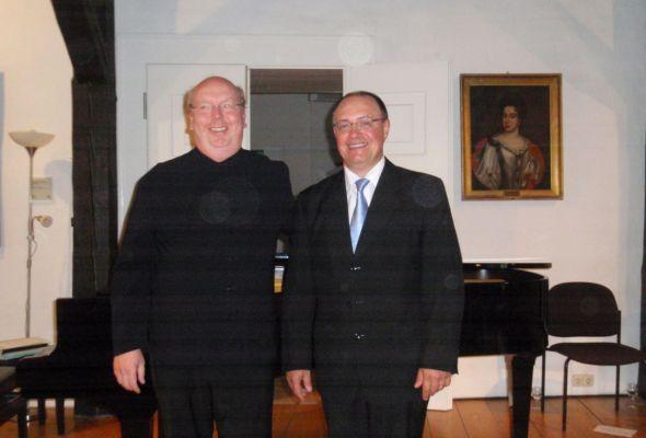 Lothar R. Mayer (links) und José V. López de Vergara