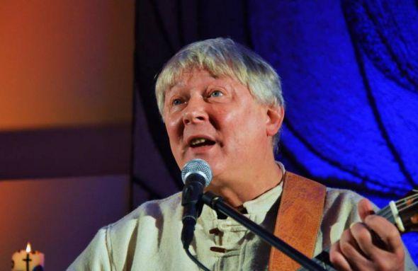 Fritz Baltruweit sang in der Katharinen-Kirche in Steina...