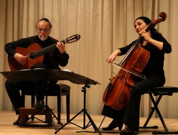 Robert Legnani und Ariana Burstein - eins mit ihren Instrumenten