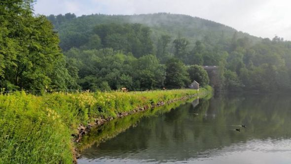 Der Damm des Wiesenbeker Teiches war damals eine ingenieurtechnische Innovation. (Foto: Dieter Pfeiffer)