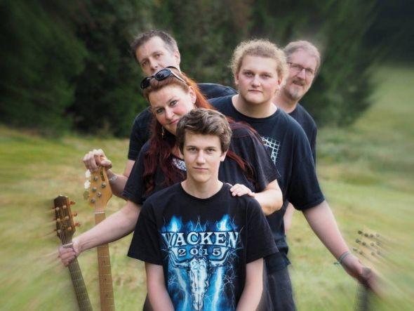 Con Aglio – das sind Anja, Martin, Jeremias und Joschka Hampe sowie Markus Riedel. (Fotos: Con Aglio)