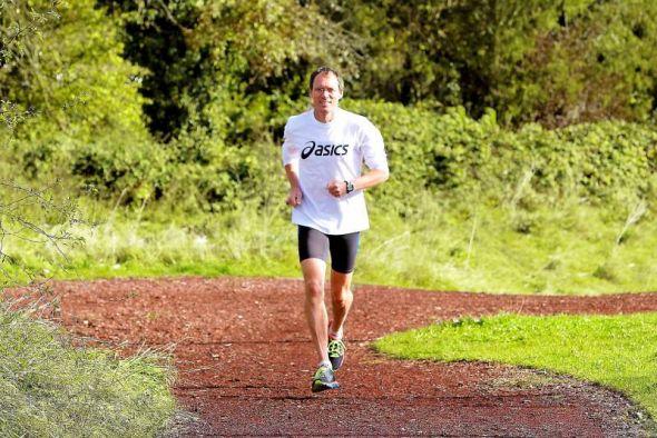 Einer der erfolgreichsten Langstreckenläufer der deutschen Sportgeschichte kommt zum Volksbankmeeting nach Osterode: Dieter Baumann.