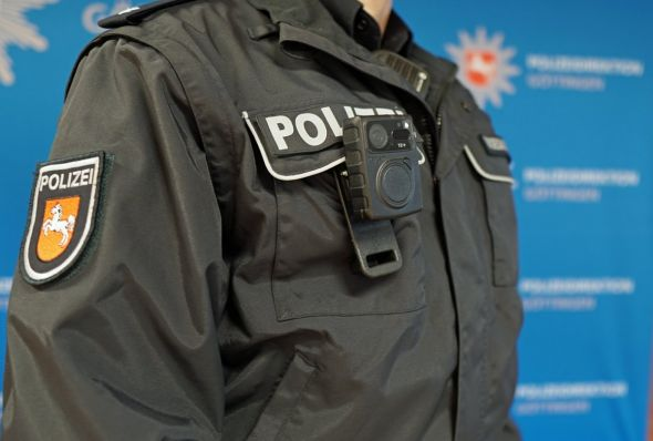 So wird die Bodycam getragen.