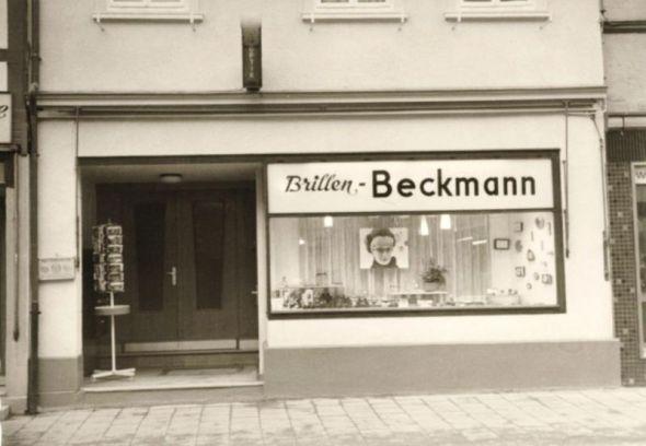 So sah die Front des Ladengeschäfts im Jahr 1964 aus