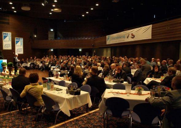 Zahlreiche Vertreter aus Wirtschaft, Wissenschaft und von öffentlicher Hand haben sich in der Stadthalle Osterode getroffen.