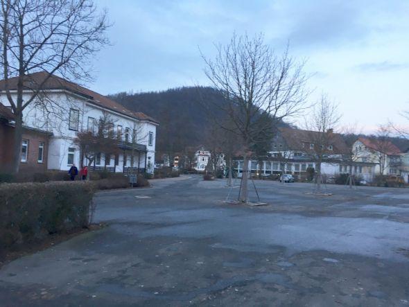 Beim Entwurf der Firma GSP wird auch das Sparkassengebäude (im Hintergrund) mit einbezogen
