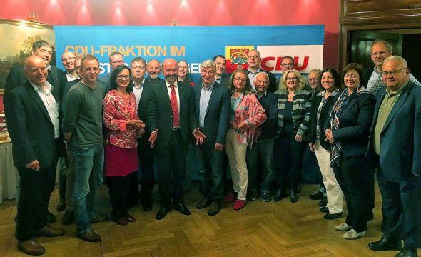 Die CDU-Kreistagsfraktion mit Gästen bei der Klausurtagung in Bad Sachsa.