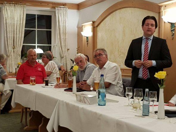 Marcel Riethig bei seinem Vortrag. Foto: Peter Bischof