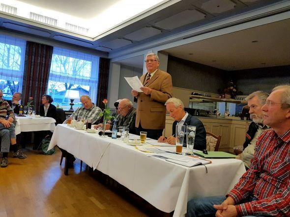 Bernd Wehmeyer, der Vorsitzende der Herzberger Grafenforst, musste  im Rahmen der Jahreshauptversammlung im Hotel Englischer Hof ein negatives Ergebnis in Höhe von rund 46.000 Euro verkünden. (Fotos: Peter Bischof)