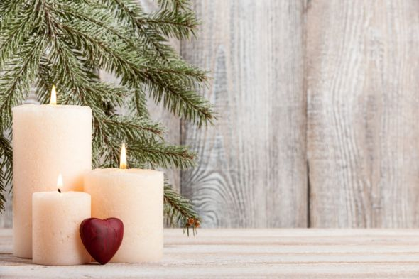 b_590_0_16777215_00_images_stories_com_form2content_p18_f13532_holiday-candles-PJHL3E9.jpg