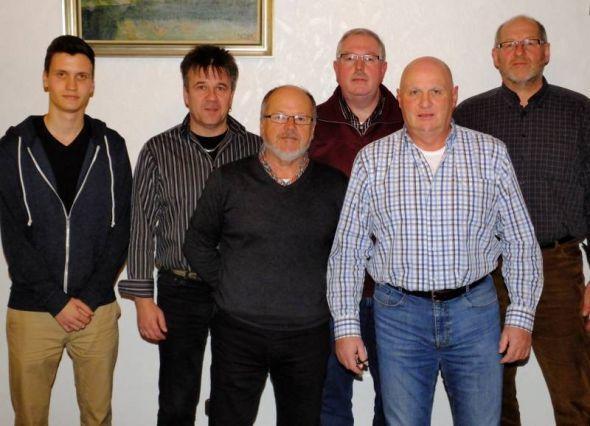 Der Vorstand des TC Barbis (von links): Julien Hoffmann, Thomas Panterodt, Lothar Hüser, Ralf Reyer, Joachim Späth und Karl-Heinz Wolter.