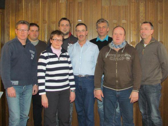 Der neue Vorstand (von links): Lars Fröhlich, Markus Zaunick, Iris Boese, Christian Ecke, Hans-Werner Kneusels, Maik Knappe, Otto Dietrich, Frank Diedrich.