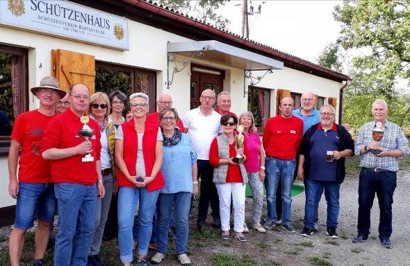 Die Teilnehmer nach der Siegerehrung.