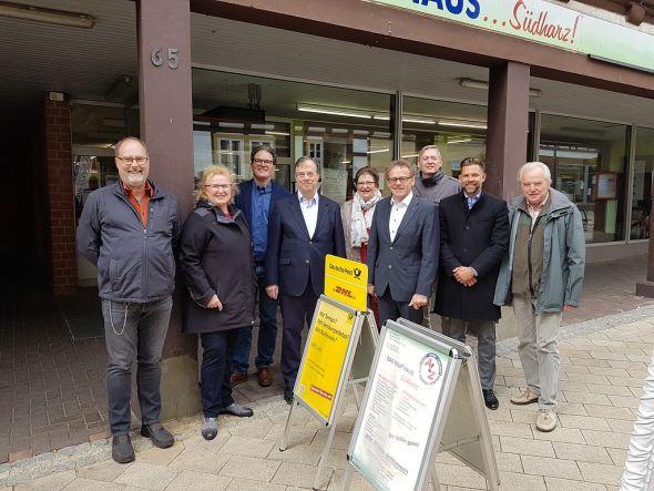 Wollen sich für die Idee von ALZ stark machen (v.l.):  Michael Dietrich (ALZ), Bärbel Pulst, Bernd Leifholz, Ulrich Schramke, Elvira Thiele (ALZ), Karl Heinz Hausmann, Lars Lübbecke, Steve Scholtyseck (beide SPD Herzberg) und Dieter Greunig (ALZ).