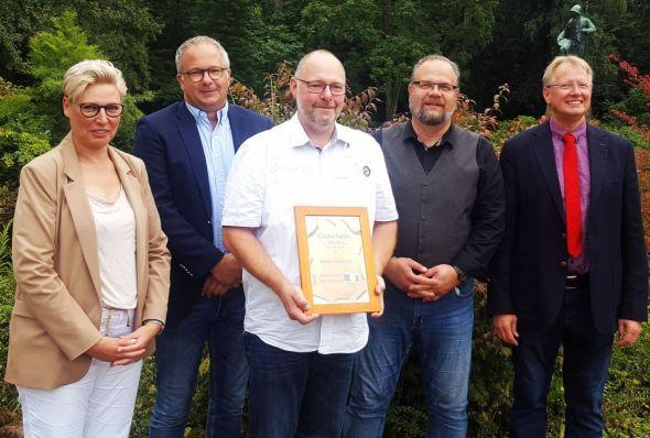 Die Juroren mit dem Preisträger: Cornelia Bär, Carsten Kröger, Karsten Spielvogel, Michael Quendler, Dr. Thomas Gans