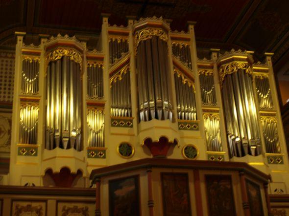 Am Donnerstag ist sie nur zu hören, aber bald wird sie auch wieder zu sehen sein -  die Engelhardt-Janke-Orgel in der St. Andreas-Kirche Bad Lauterberg... Foto: Dorothea Peppler