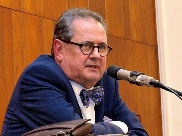 Findet, Deutschlands Sicherheitsbehörden müssen dringend zentralisiert werden: Terrorismus-Experte Wolfgang Petri.
