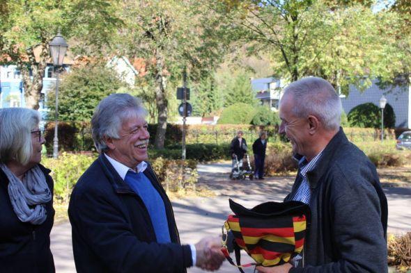 Begrüßung des Präsidenten Heinz-Dieter Hussmann (rechts) durch GF Gero Fröhlich und seiner Frau Irene