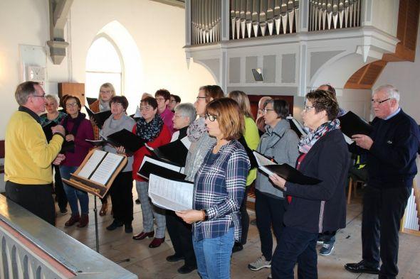 Die Kantorei der Kirchengemeinden Bartolfelde und Osterhagen gestaltete den Gottesdienst mit.