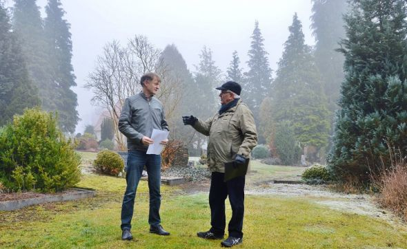 Machen sich Gedanken für einen parkähnlichen Anlaufpunkt: Andreas Rademacher (links) und Jens-Norbert Marxen...