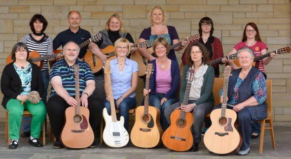 Die Gitarrengruppe der Paulus-Gemeinde wird auch dabei sein