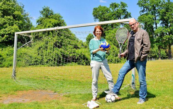 Susanne Mende und Norbert Hammermeister finden das Projekt so gut, dass sie am liebsten selbst teilnehmen würden, doch die Gutscheine gibt es nur für Kinder und Jugendliche.