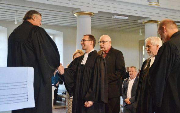 Glückwünsche von Superintendent Keil an Pastor Beckert